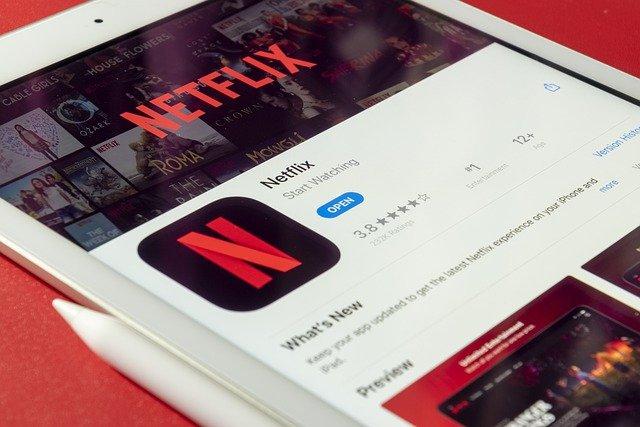 Base de données des meilleurs films et séries Netflix